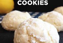 cookies / by Diana Iglewski
