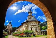 Romanian Castles and Monasteries