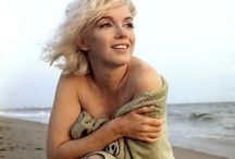 Marilyn photo by George Barris