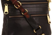 Purses? Yes, please! / by Shelley Conyers