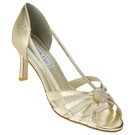 gold shoes / by Robin Joseph