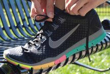 Running shoes / Running shoes. Fashion and fitness