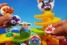 アンパンマンおもちゃアニメ❤ウォータースライダーで水遊び!楽しく遊ぼう Anpanman toys