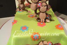 5 monkeys party
