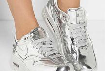 *****NIKE Shoes****