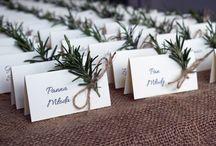Wesele z rozmarynem / Rosemary wedding / gałązki rozmarynu jako motyw przewodni wesela / rosemary wedding theme