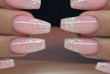 Itsatashathing: nails