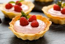Desserts Using Oikos / Satisfy that sweet tooth with Dannon® Oikos® Greek nonfat yogurt dessert recipes.