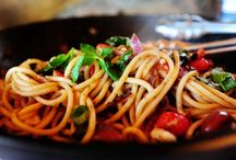 Food: Noodle Recipes / by Emma Charlotte
