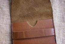 En cueros: Leather / Leather