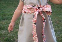 Sewing: Peasant Dress Inspiration / Peasant Dress Inspiration, Patterns, Tips, & Tutorials