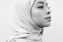 hijab model pose