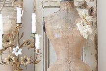 antique dress form / antique dress form