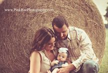 Family Picture Ideas / by Nichole Michels