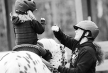 Mothers Helping Show Horses / Mothers at horse shows, mothers at horse riding lessons
