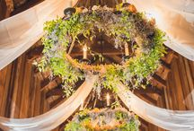 Beyond centrepieces / Inspiration to embrace the space and decorate beyond the reception tables