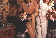 Schmidt | Vintage / Depuis plus de 50 ans, Schmidt suit les tendances du design pour vous proposer des produits innovants et adaptés aux styles de vie de chaque époque. Retrouvez sur ce tableau l'histoire des créations Schmidt.