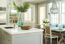 Beach house love / Coastal home design