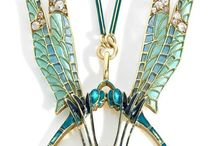 Fascinating insect jewelry