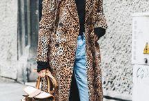 #denim / #jeans #blue #frauen #ü40 #mode #fashion #schlagjeans #fransen