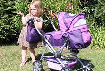 Bayer Chic 2000 / Bayer Chic 2000 es un fabricante alemán de cochecitos, sillitas y otros accesorios para muñecas.