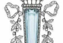 Storic jewellery