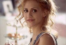 Beautiful people / by Melissa Reynolds