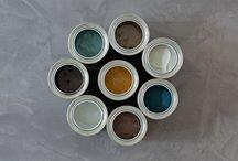 Pure & Original - Autumn Colors / Nieuw seizoen, nieuwe kleuren! Pure & Original komt met een nieuwe collectie volledig ingespeeld op de trends van dit seizoen! Met in de hoofdlijnen blauw, okergeel en de warme kleuren maak jij je huis helemaal gezellig voor de koude dagen. Kom langs bij Boer Staphorst om deze sprekende kleuren te bewonderen!