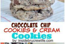 Cookies...cookies???...YES!! Cookies!!