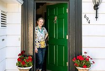 Kelly Green / From Nautical to Modern, Kelly Green is a versatile hue. / by Newport Cottages