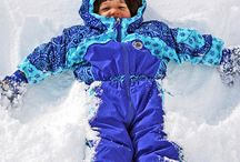 Snow Day Fun! / Looking for Snow Day Fun? We have it here! Crafts, indoor games, outdoor activities and yummy recipes to make your snow day fun!  / by FamilyFun magazine