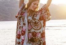 La novia excepcional / La novia Sì de Giorgio Armani  Nos imaginamos una novia que representa a una mujer excepcional, libre, apasionada, femenina, fuerte  y elegante . En colaboración con Giorgio Armani. Sponsored