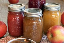 Preserving the Harvest : Canning & Drying / Recipes to preserve your beloved and love-grown Garden Veggies and Herbs