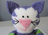 Cat knitting
