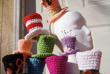 Mützen gehäkelt und gestrickt / Kopfbedeckungen aller Art