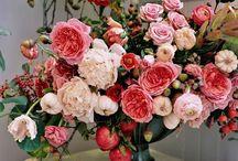 Jolies compositions florales / Une sélection des plus belles compositions florales pour votre décor de mariage.