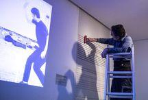 Montaje exposición 'Caso de estudio: Bruce Nauman'