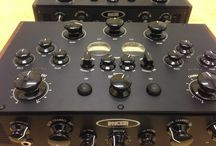 How is made the DN78 Phantom Valve Rotary Mixer / The New DN78 Phantom Valve is a desktop analogue DJ mixer featuring 2 dual input channels, one mono mic channel, 2 stereo USB channels and features rotary faders and an optional rotary cross-fader.