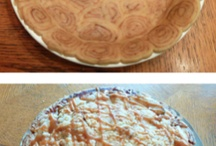 Pies and Cakes / by Debra Trautman
