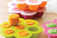 Homemade Baby Food: Warning, I Throw Food! / Making your own homemade baby food is a simple and easy way to feed your baby fresh, organic, healthy food! It doesn't have to be complicated! / by Jami Balmet | Young Wife's Guide