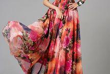 Modele rochie v