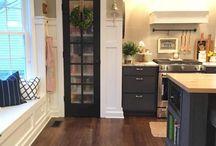 Cottage pantry door