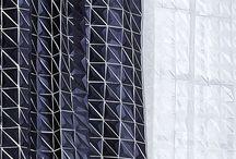 Gardiner / Fischer forhandler Danmarks største udvalg – over 30.000 stofprøver – af tekstiler til gardiner, møbelstoffer, solafskærmning og akustikløsninger.