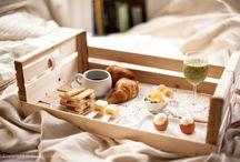 Milujeme snídaně / Snídaně do postele, snídaně na mnoho způsobů. Pro milovníky bohatých snídaní.