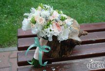 wedding bouquet pastel colours