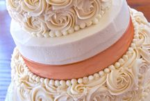 wedding cakes / by Shelley Schofield