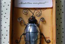 créations fil de fer / une coquille de nacre ,du fil de fer vieilli et voilà un insecte étrange né dans mon cabinet de curiosité