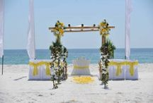 A Yellow Beach Wedding / Big Day Weddings, Yellow wedding theme, Orange Beach Alabama, Gulf Shores Alabama, Gulf Coast Weddings, Alabama Beach Weddings, Beach Weddings, Color Schemes, Wedding Themes