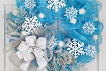 Deco mesh snowflake wreath