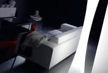 MASAI / Lámpara de pie realizada en polietileno blanco por rotomoldeo. Altura 180 cm. Disponible para Interior o Exterior y ambos en dos versiones: Bajo consumo o con sistema RGB LED. Masai incorpora un mando a distancia con función de encendido y apagado, con el que podrá escoger entre los 11 programas de iluminación: 7 de colores fijos, y otros 4 para cambiar el color de forma automática.